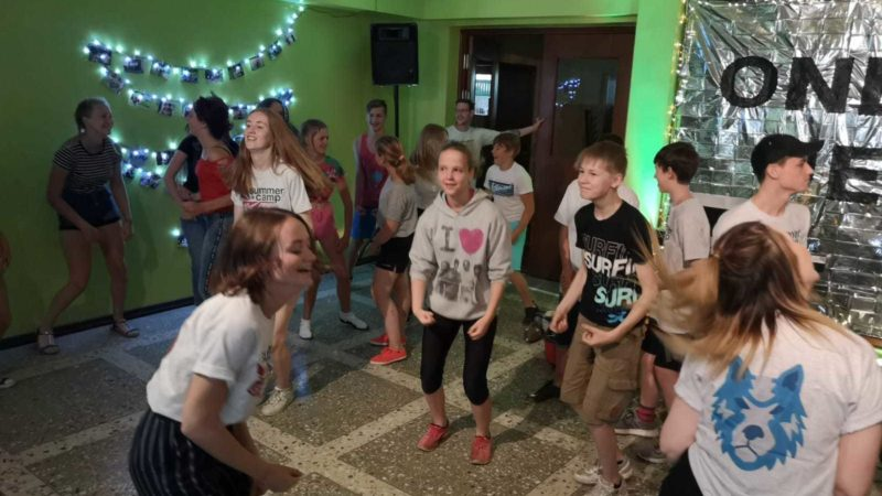Kids dancing latvia camp 1